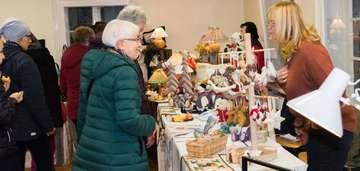 Erfolgreicher Kunsthandwerkermarkt