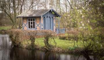 Pavillon auf der Roseninsel restauriert  Von KlausDieter Plage