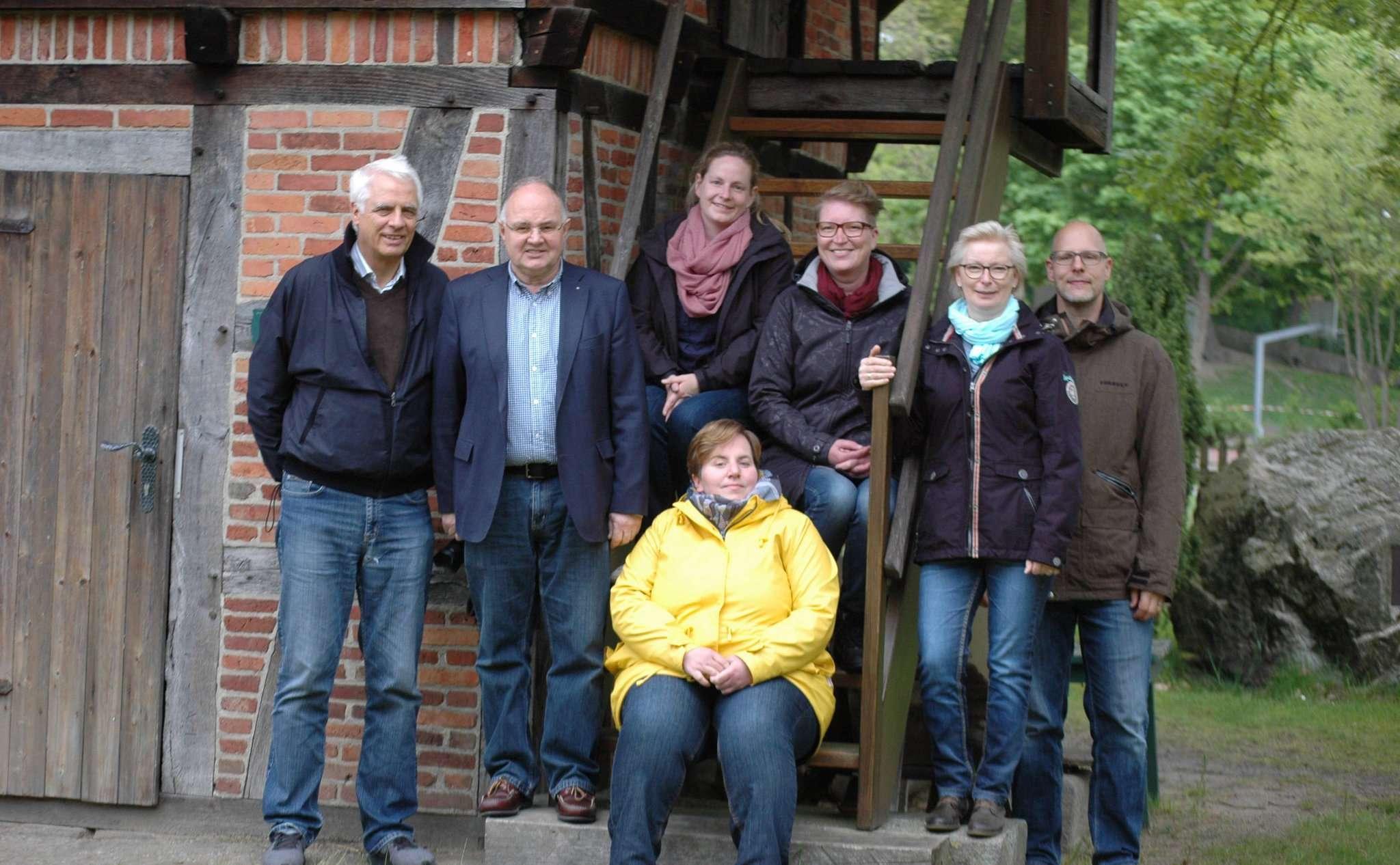 Das Organisationsteam hofft auf rege Teilnahme bei Scheeßel erstem Tag der offenen Gesellschaft. Foto: Jens Lou00ebs