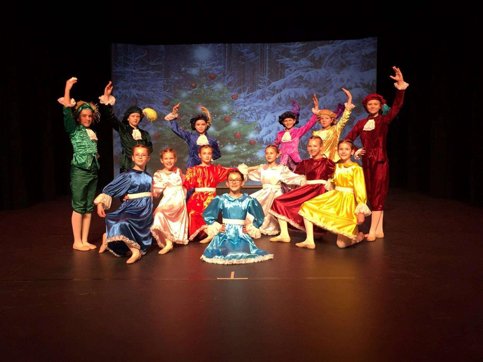 Die jungen Tänzer zeigten während der Wintertanz-Gala ein abwechslungsreiches Programm.