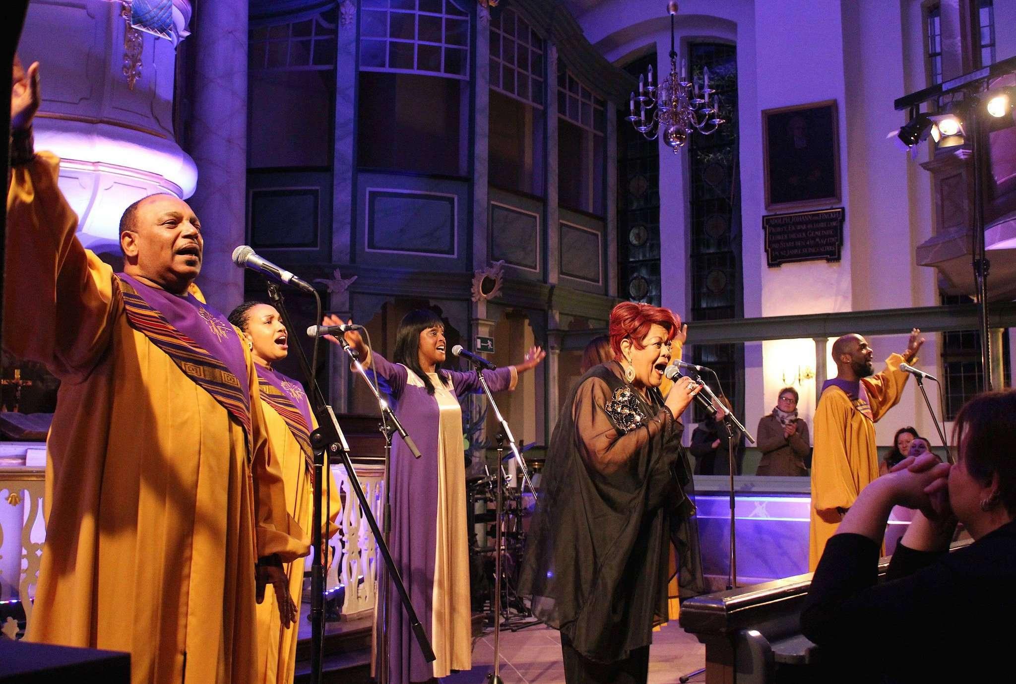 Wollen die Scheeßeler Sankt-Lukas-Kirche zum Klingen bringen: die Black Gospel Angels
