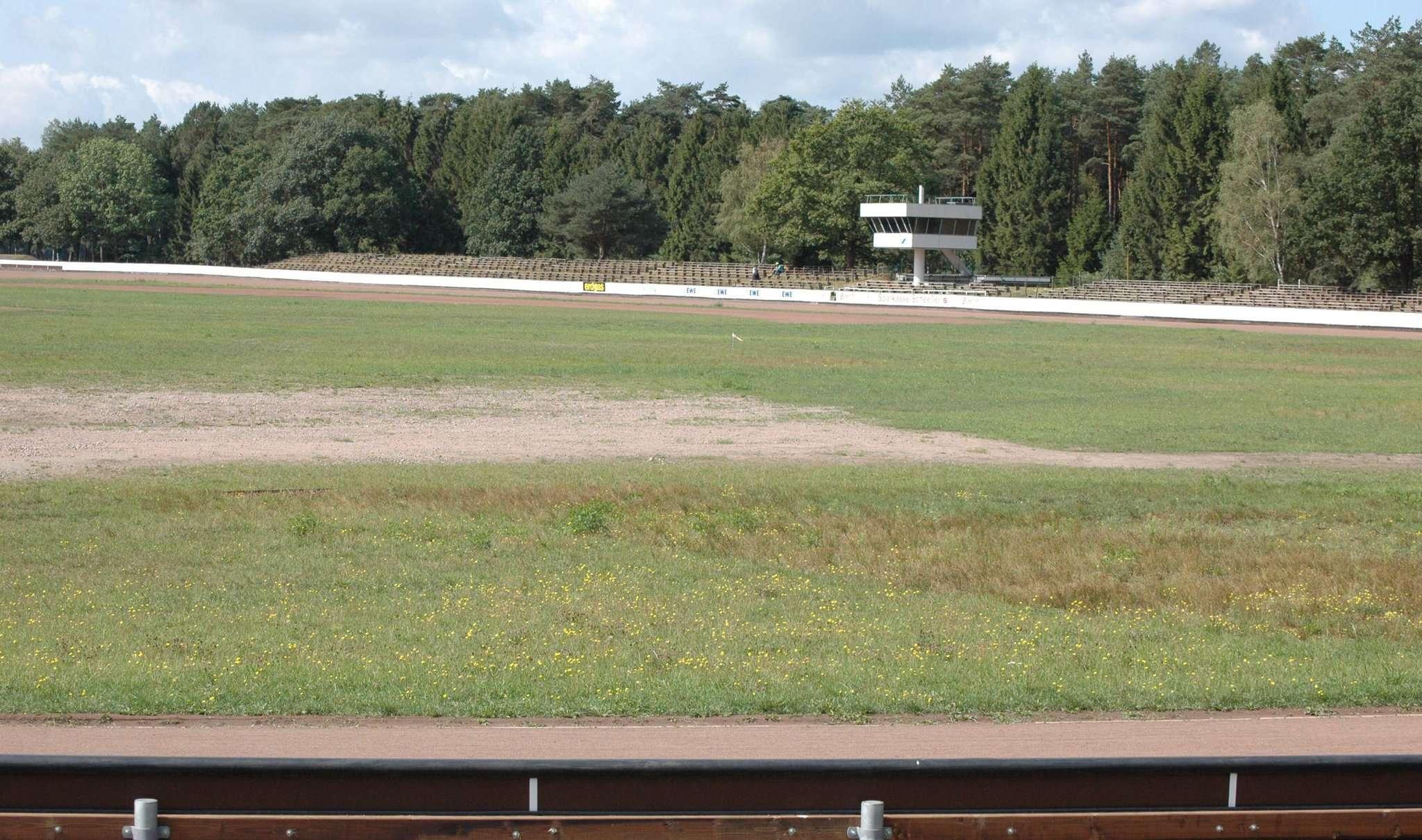 Der Eichenring bleibt leer - weder Hurricane noch Sandbahnrennen laufen dieses Jahr. Archivfoto: Lou00ebs