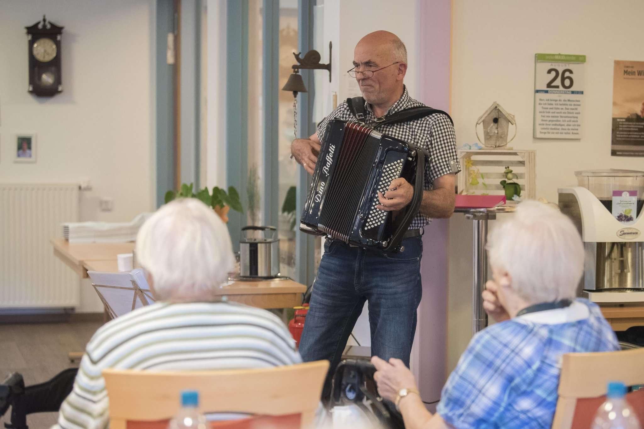 Der Mann mit dem Akkordeon: Manfred