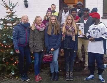 KGS Klasse 7b31 spendet 600 Euro für örtliche Flüchtlingshilfe