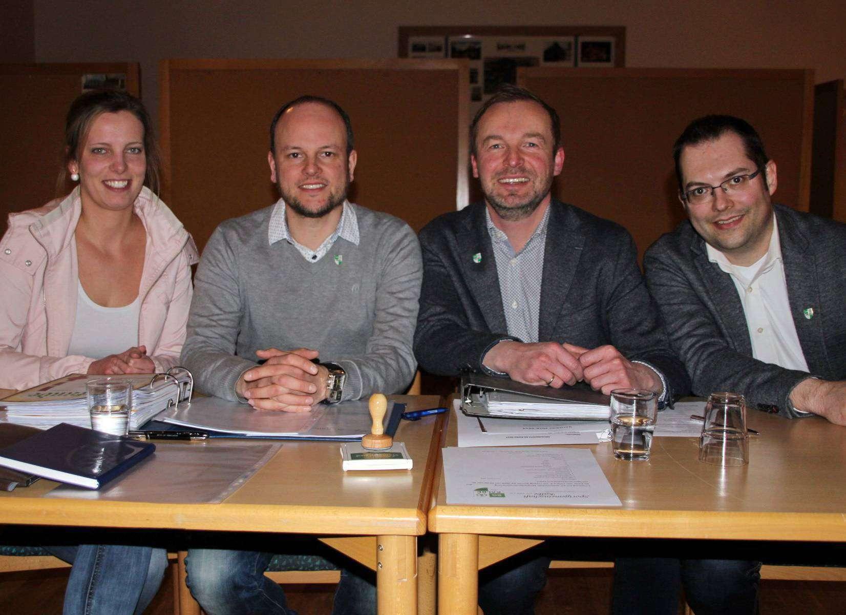 Schriftwartin Wienke Stemmann (von links), Kassenwart Dennis Ilmers, erster Vorsitzender Ralph Brunkhorst und zweiter Vorsitzender Michael Mülle bilden den Vorstand der SG Kalbe.