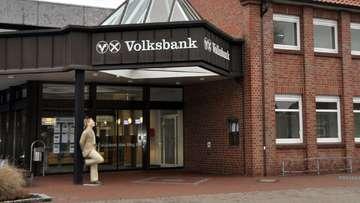 Kita in der Volksbank  Huhn attackiert Seniorenbeirat