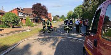Feuerwehren stellen Brandschutz in Lengenbostel sicher