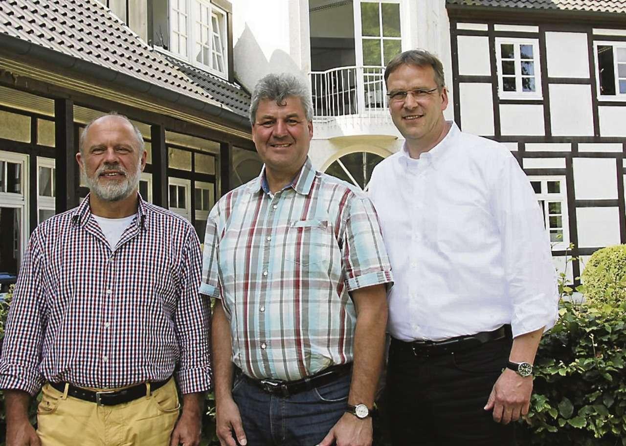 Jürgen Schlusnus, Stefan Engelhardt und Peter Freytag (von links) hoffen auf weitere gute Ideen aus den Reihen der Bürger.