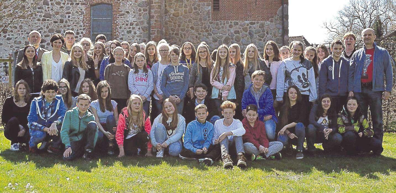 Lehrer, Schüler und Samtgemeindevertreter: Alle freuen sich über den Austausch, den die Oberschule Sottrum mit der polnischen Partnergemeinde Lubasz pflegt.
