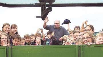 FerienprogrammTeilnehmer erleben Bauernhof