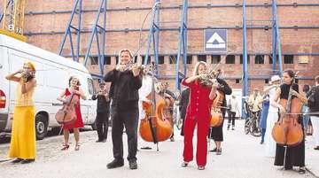 Streichorchester gibt Konzerte auf Via Baltica