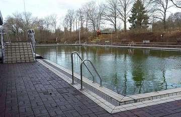 Samtgemeinderat passt Eintrittspreise für Schwimmbad an  Von Andreas Schultz