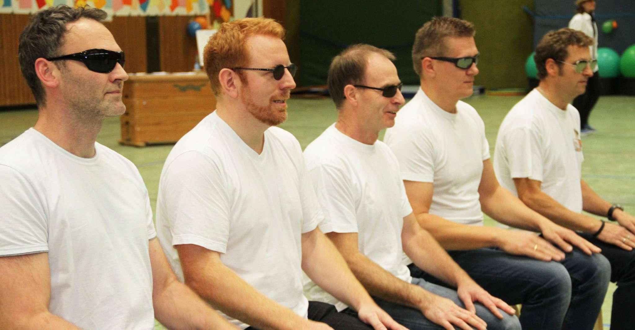 Das Power Men Team von Silke Röhrs kümmert sich nicht nur um Auf- und Abbau, sondern präsentierte selber einen Act.