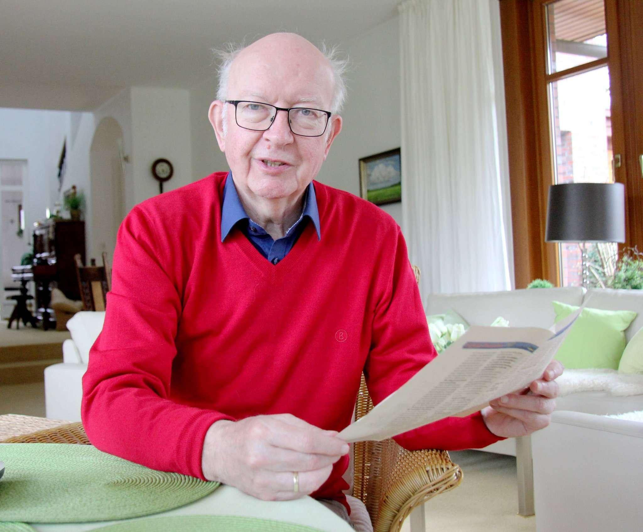 Heinz-Günther Bargfrede war schon freier Mitarbeiter der Rotenburger Rundschau, als es noch nicht einmal eine Redaktion gab. Foto: Nina Baucke