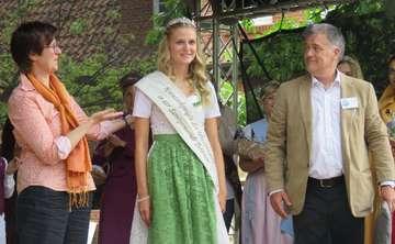 Alena Hübner löst Nadine Lohmann als Kräuterkönigin ab