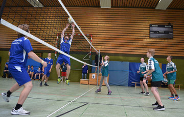 Jugendfeuerwehr Stuckenborstel richtet Volleyballturnier aus  Von Rosemarie Swingle