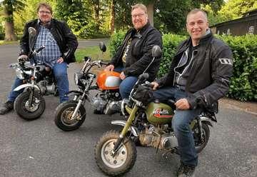 Drei MokickFans setzen alte Wette um und reisen mit Funbikes nach München  Von Antje HolstenKörner