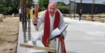 Pastor Johannes Rehr freut sich auf das neue Gotteshaus