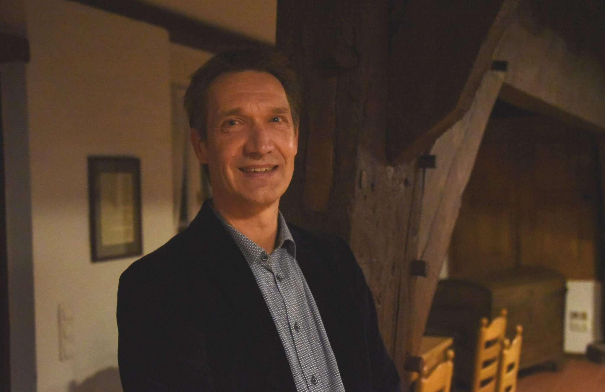 Wolf Linne tritt von seiner Kandidatur für den Posten des Samtgemeindebürgermeisters zurück. Grund dafür ist das Hin und Her um die Unterstützung aus CDU und FDP.