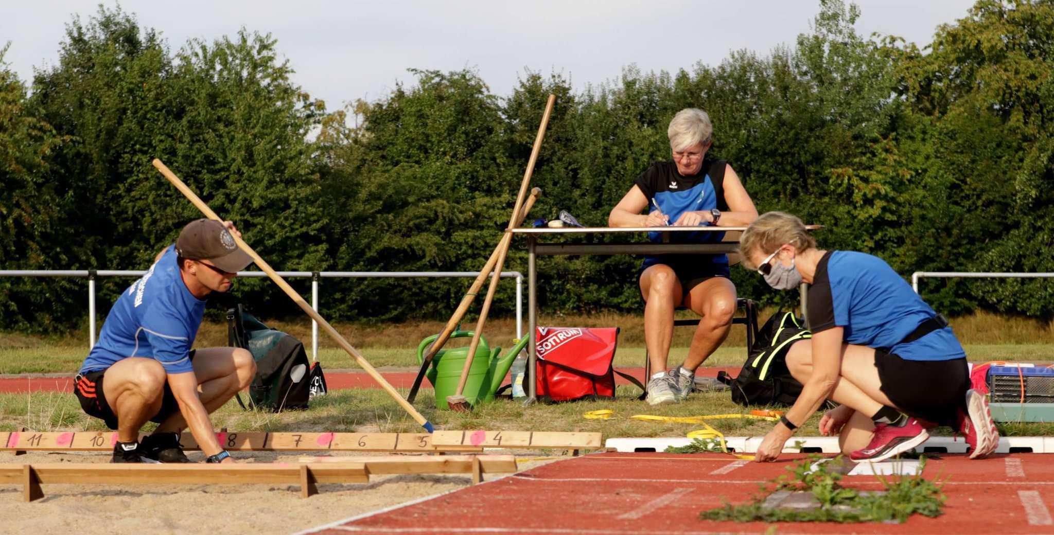 Die Sportabzeichen-Prüfer sind ab kommender Woche wieder auf dem Sportplatz am Bullenworth anzutreffen.