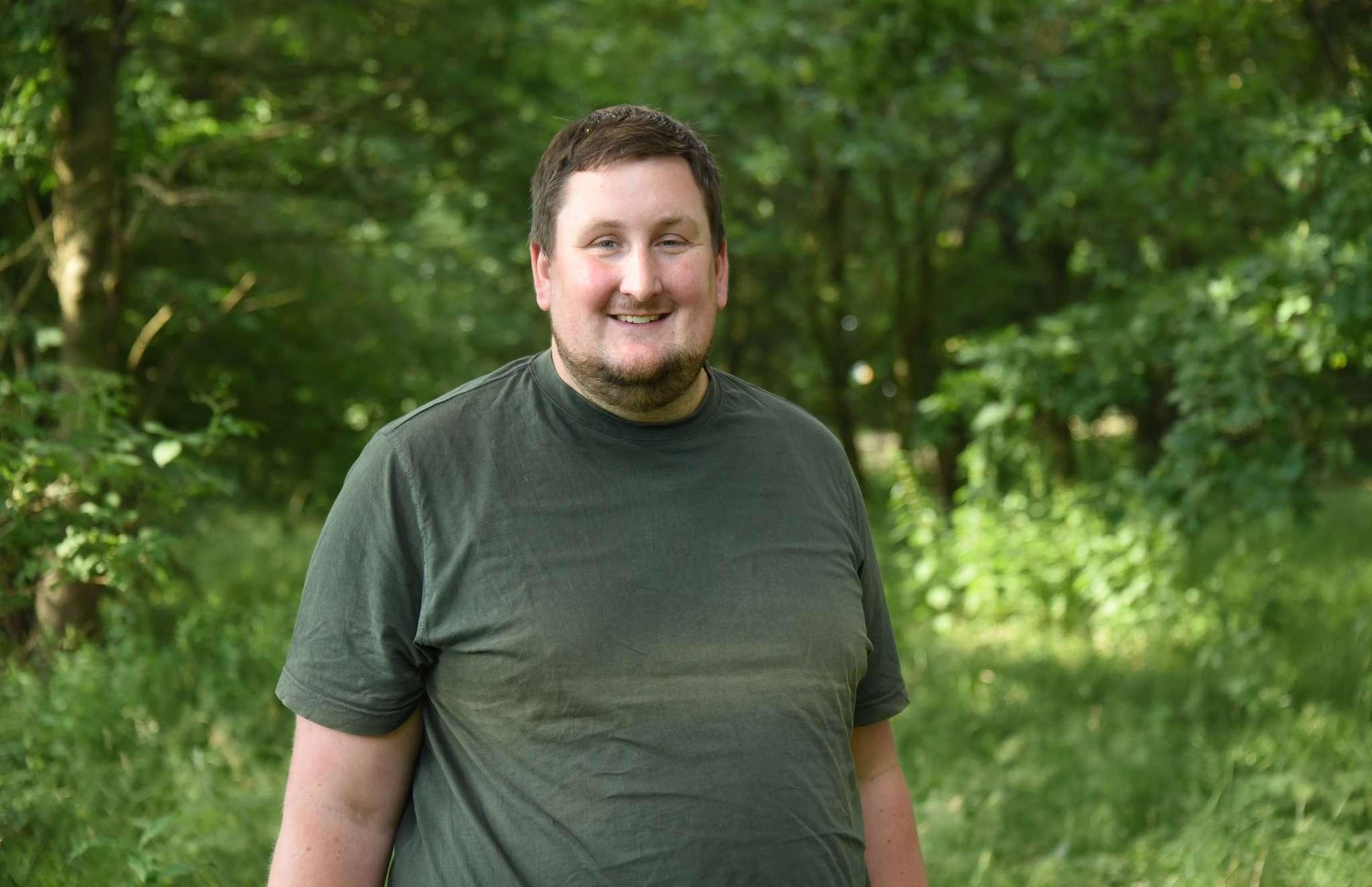 Tobias Hanschen, Vorsitzender der Rehkitzrettung Sottrum, sucht Tierfreunde, die bei Einsätzen mithelfen wollen.