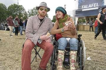 Präsentier statt Pappteller Festivalfan Melanie berichtet  Von Christine Duensing