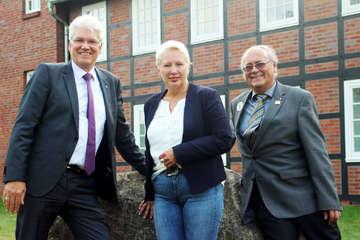 Visselhöveder gründen LionsClub  Distrikt trifft sich an Vissel  Von Christine Duensing und Frank Kalff