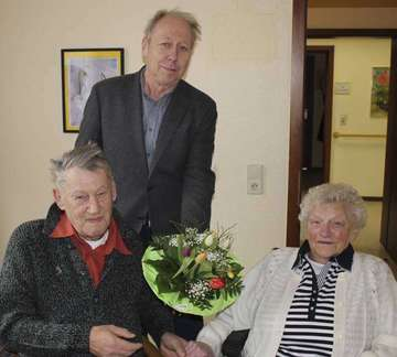 Das JaWort vor 50 Jahren Hildegard und Bernhard halten zusammen