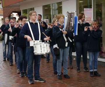 Apfelmarkt lockt zahlreiche Besucher nach Visselhövede  Von Janila Dierks