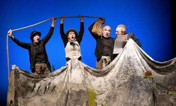 Cargo Theater Freiburg gibt Gastspiel im Metronom Hütthof  Von Karen Bennecke