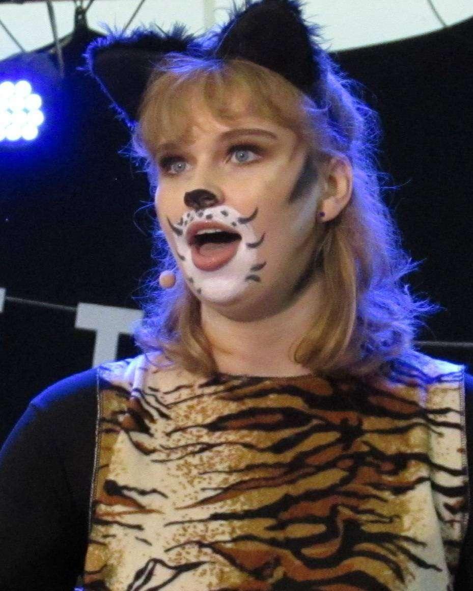 Anna-Marie Kettenburg begeisterte als Grizabella mit