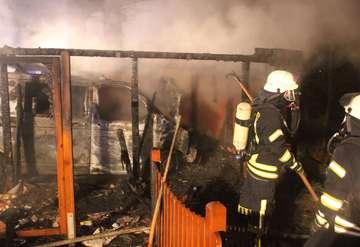 18 Feuerwehrleute im Einsatz
