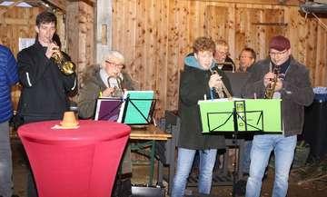 Weihnachtsmarkt von Kultur und Heimatverein und Kirchengemeinde