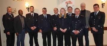 Buchholzer Feuerwehr blickt zurück und befördert verdiente Mitglieder