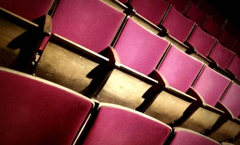 Die Sitze im Theater Metronom bleiben vorerst leer. Foto: Nina Baucke