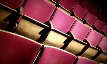 Theater Metronom zwischen Hoffnung und Ungewissheit  Von Nina Baucke