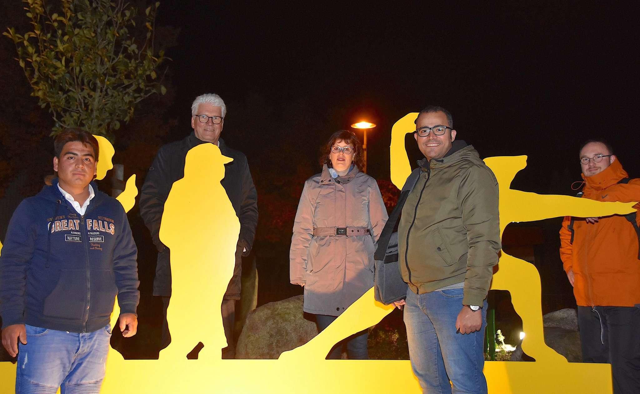 Ata Mohammad Naderi (von links), Ralf Goebel, Nicole Kanapin, Miad Pedramkhou und Christian Oddoy blicken auf ein gelungenes Miteinander in Sachen Flüchtlingshilfe zurück. Foto: Judith Tausendfreund