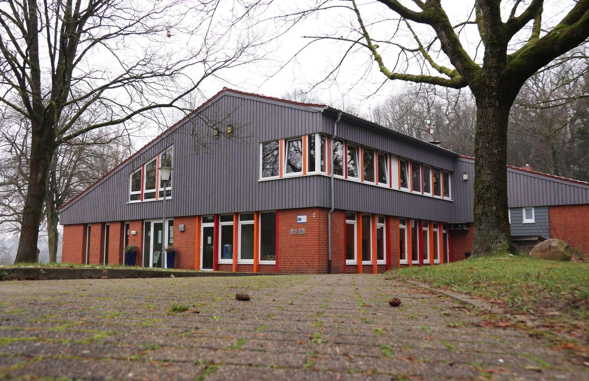 Was passiert mit dem Haus der Bildung u2013 füllt es ein neues Konzept mit Leben oder wird es verkauft? Foto: Nina Baucke