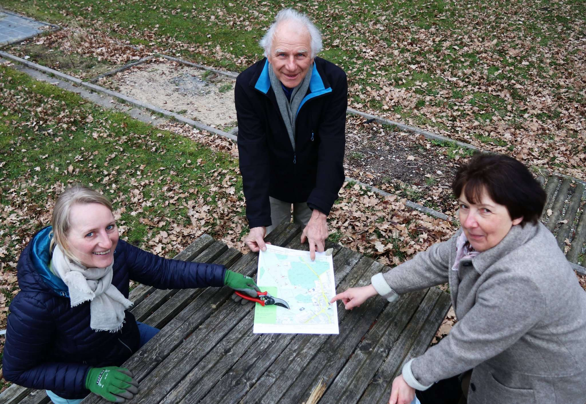 Iris Weis (von links), Harald Gabriel und Susanne Rohr freuen sich auf die Umsetzung des Plans für den