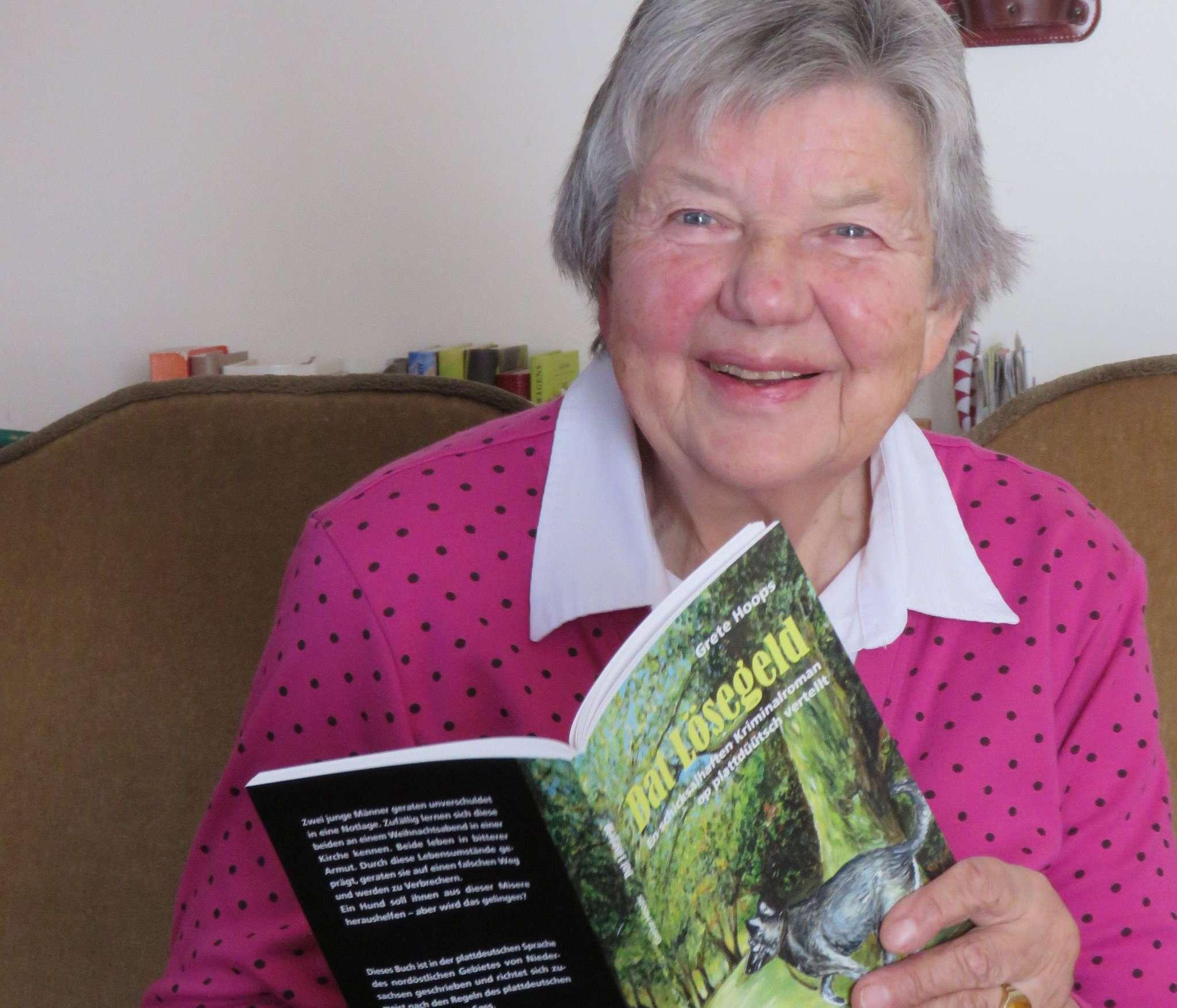 Mit Kriminalromanen hat Grete Hoops sich ein neues Genre erschlossen. Foto: Elke Keppler-Rosenau