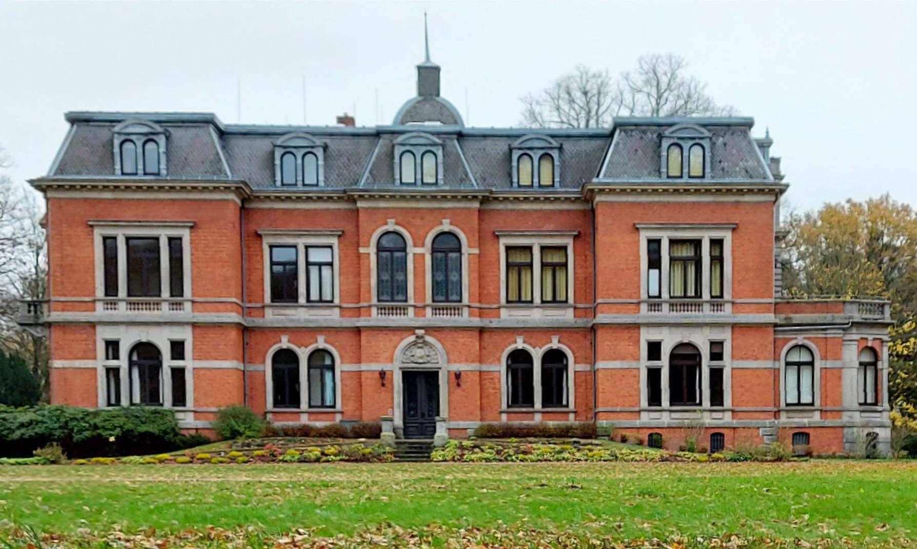 Nach kurzem Leerstand kann Schloss Etelsen ab 1. April einen neuen Mieter präsentieren.  Foto: Dennis Bartz