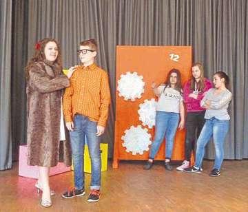 Theaterprojekt führt Drama von Max Fritsch auf