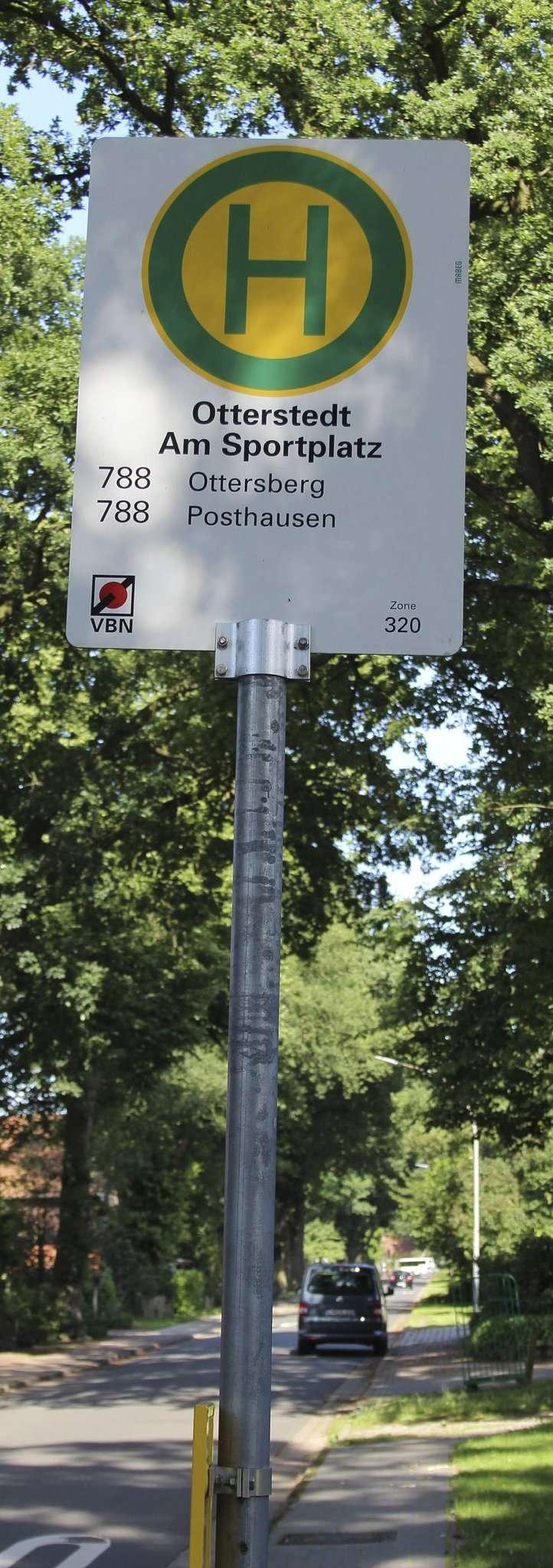 Neu ab 1. August: Der Bürgerbus hält auch in der Molkereistraße. Foto: Björn Blaak
