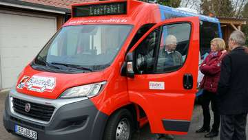 Bürgerbus nimmt neues Fahrzeug in Betrieb