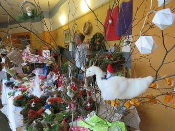 Viel zu entdecken Novembermarkt in der Waldorfschule  Von Elke KepplerRosenau