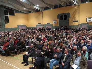 Dea erklärt sich  No Moor Gas macht Druck  Zuschauer empört  Von Elke KepplerRosenau