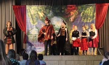 Junge Oper bringt Zauberflöte auf die Bühne der Wümmeschule