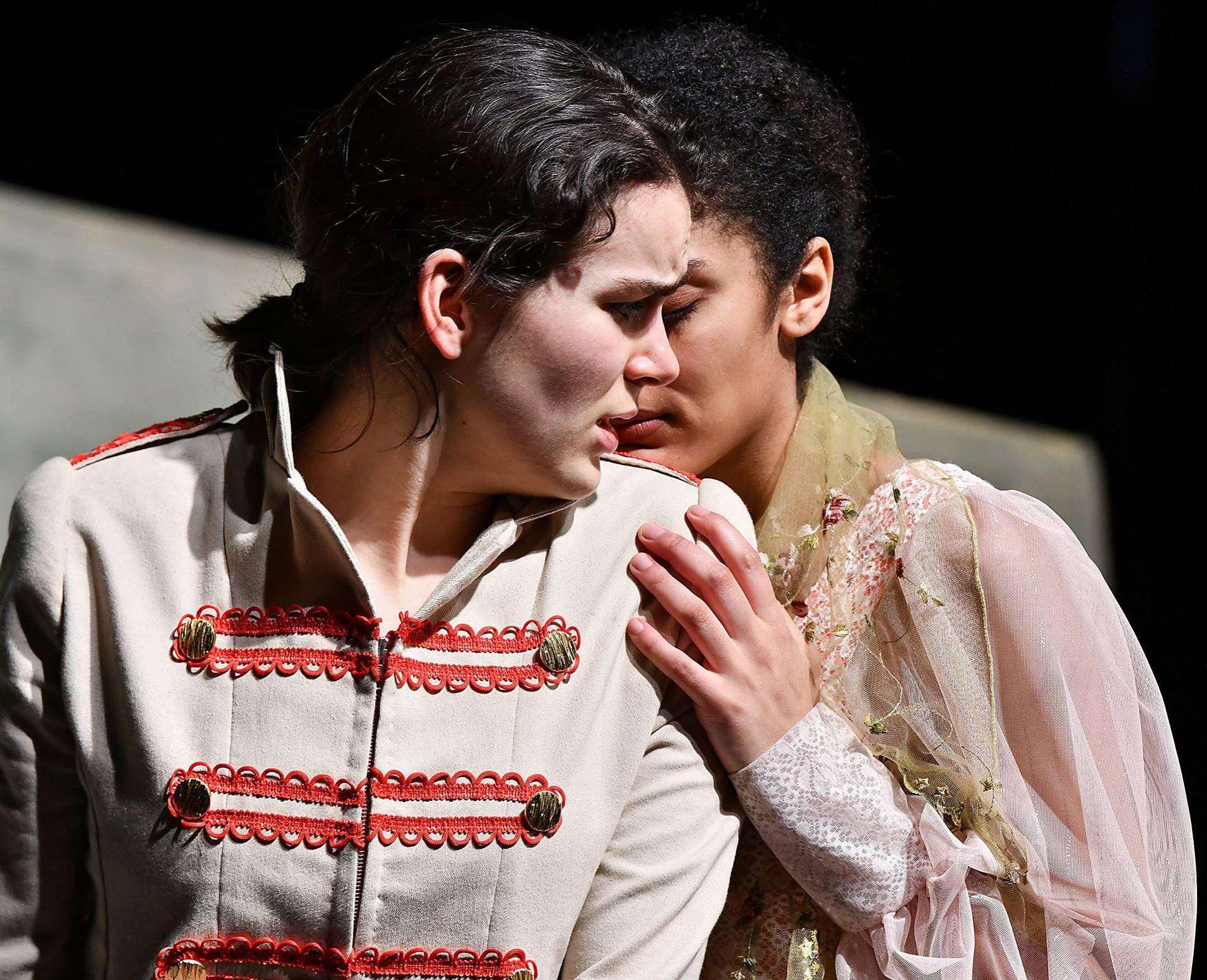 Theater Total gibt am 29. April eine Vorstellung in Ottersberg.