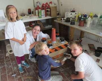HKS bietet in den Ferien Workshops von Tanz bis Holzbildhauerei