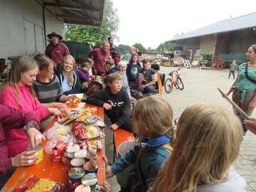 Ponytreck aus Hannover macht in Otterstedt Station